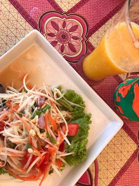 Papaya Salad, Vegetarian Food in Thailand