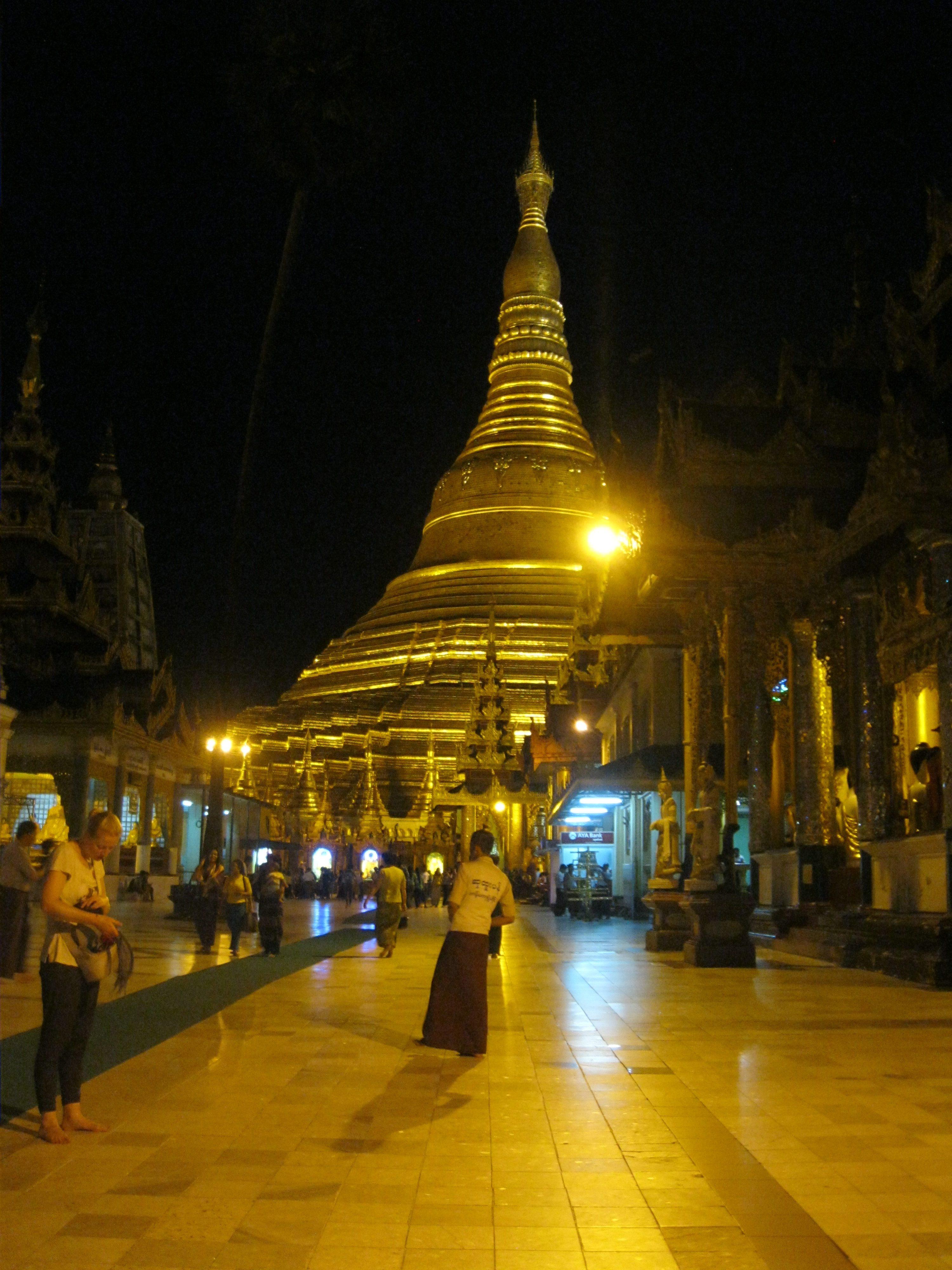 Myanmar, Schwedagon Pagoda, adventure, teach abroad
