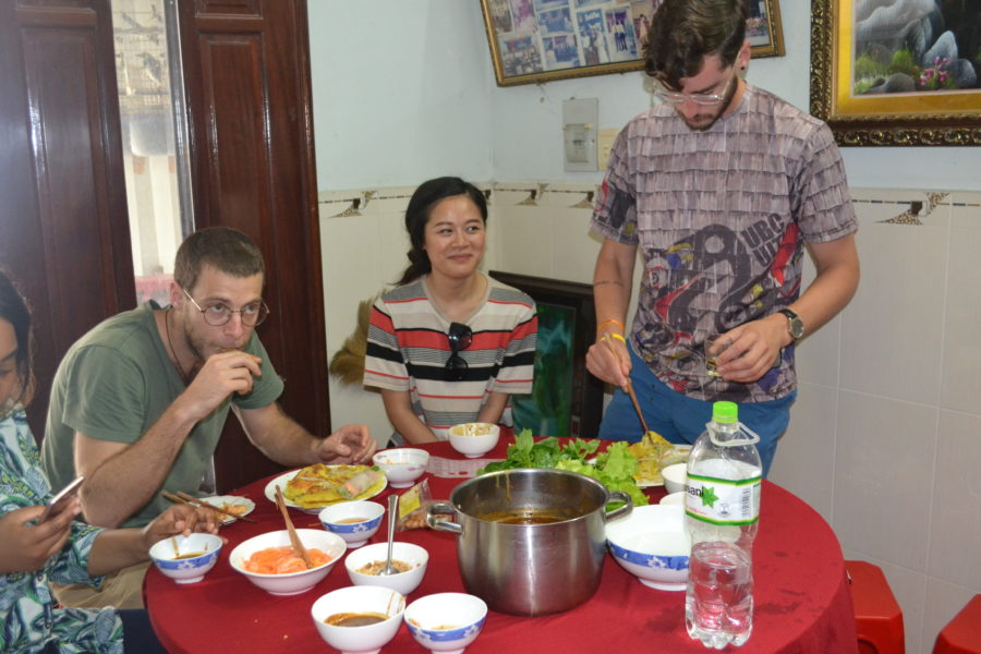 Teach in Vietnam: Vietnamese Cooking