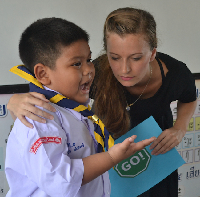 Hannah getting her first taste of teaching in Thailand at the English camp in Hua Hin.