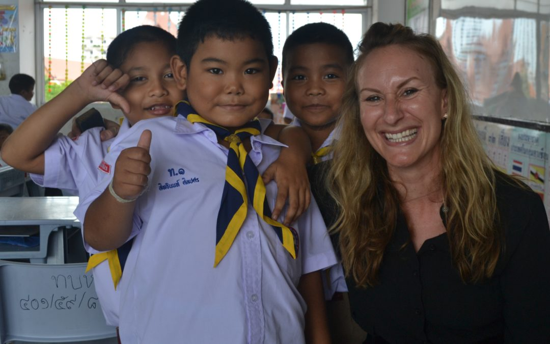 My First Week Teaching in Thailand: Elizabeth Collins