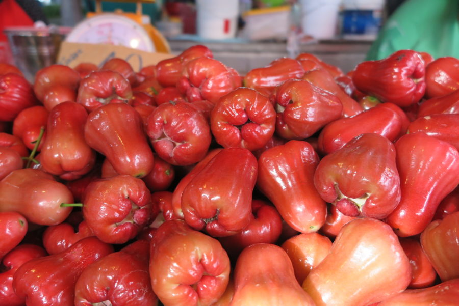 Rose apples at a local Thai market
