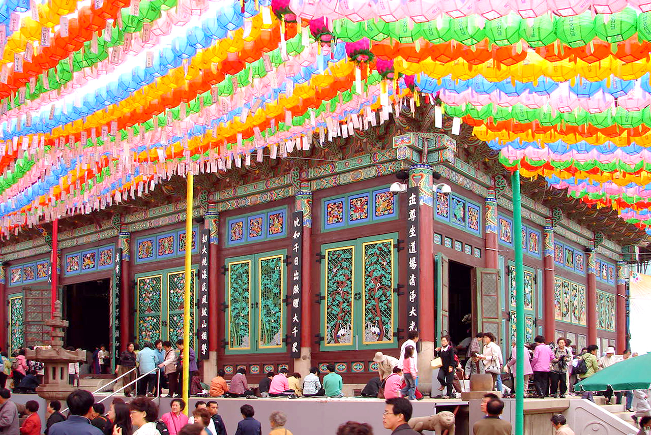 places to go in Seoul - Jogyesa Buddhist Temple