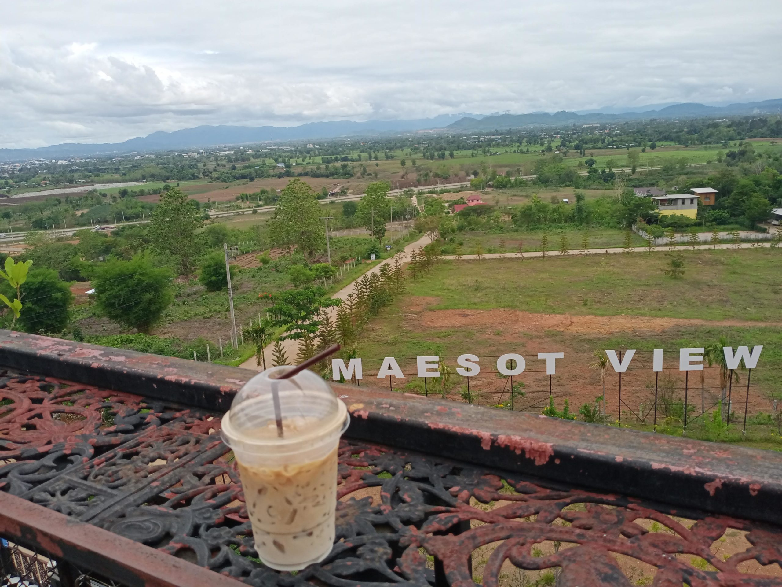 Many of our teachers fall in love with parts of Thailand they'd never heard of before. In Hayley's case, she fell for the Northwestern city, Mae Sot
